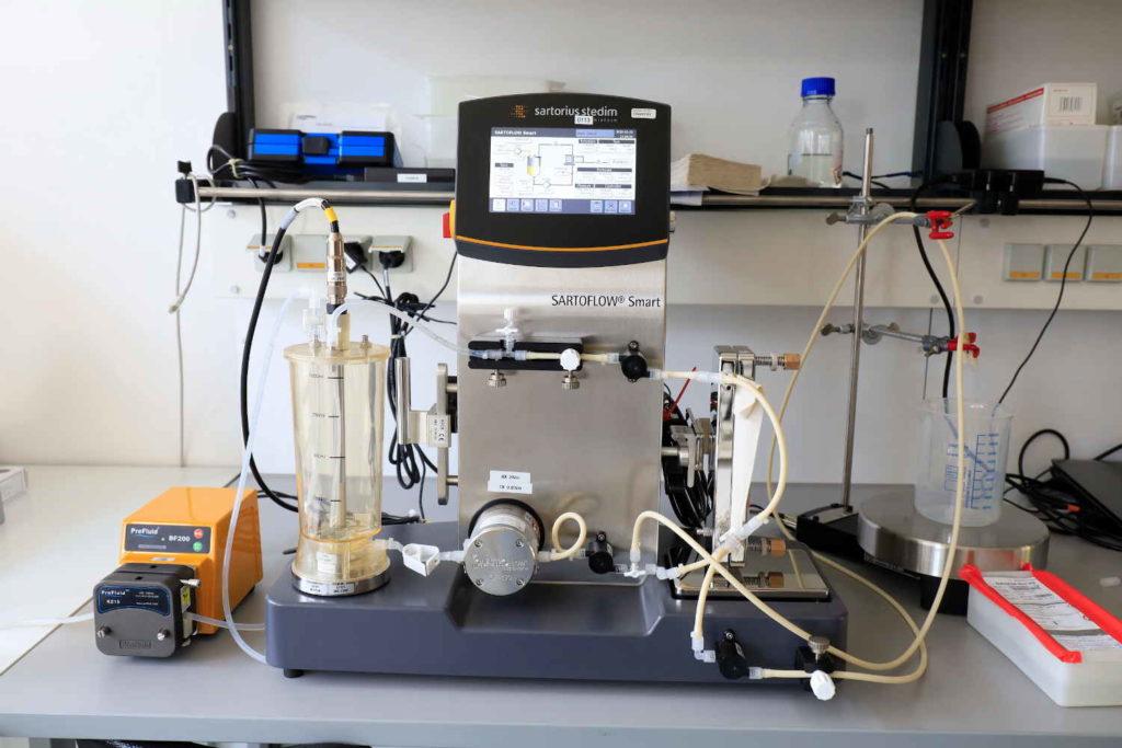 Sarorius tangential flow filtration system